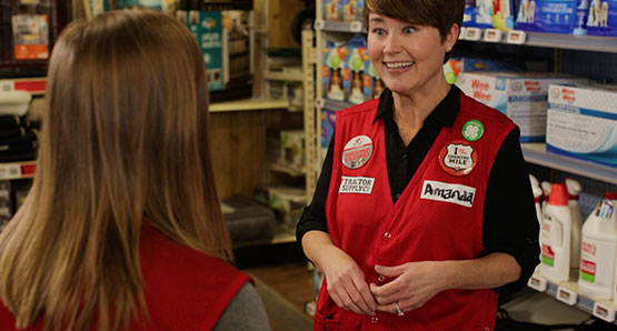 TSC Team Members working in a Tractor Supply Company store